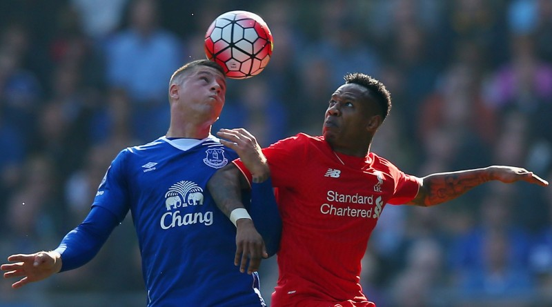 LIVERPOOL, ENGLAND - OCTOBER 04:  Nathaniel Clyne of Liverpool and Ross Barkley of Everton during the Barclays Premier League match between Everton and Liverpool at Goodison Park on October 4, 2015 in Liverpool, England.  (Photo by Alex Livesey/Getty Images)
