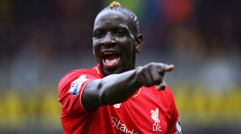 WATFORD, ENGLAND - DECEMBER 20:  Mamadou Sakho of Liverpool gives instructions during the Barclays Premier League match between Watford and Liverpool at Vicarage Road on December 20, 2015 in Watford, England.  (Photo by Ian Walton/Getty Images)