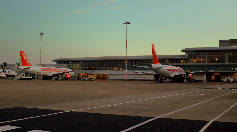 Four passengers arrested after easyJet flight due to incident on board