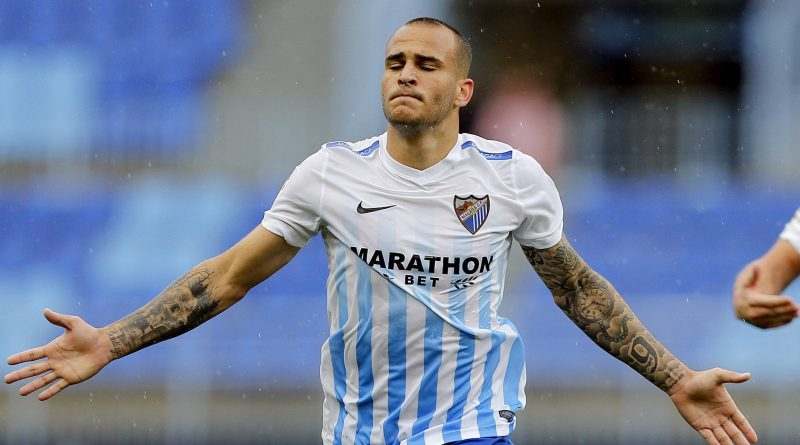 Malaga forward Sandro Ramirez 'completes Everton move'