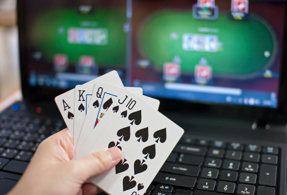 Sports Betting vs Live Casino – Which is More Popular? – Click Liverpool