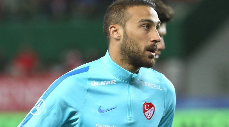 Everton agree £27m fee with Besiktas for Turkey worldwide striker Cenk Tosun